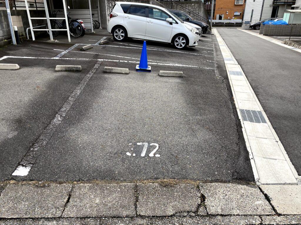 日進市赤池パーソナルトレーニングジム 駐車場